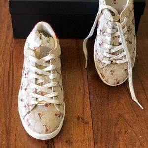 NIB coach cherry Signature sneaker size 10